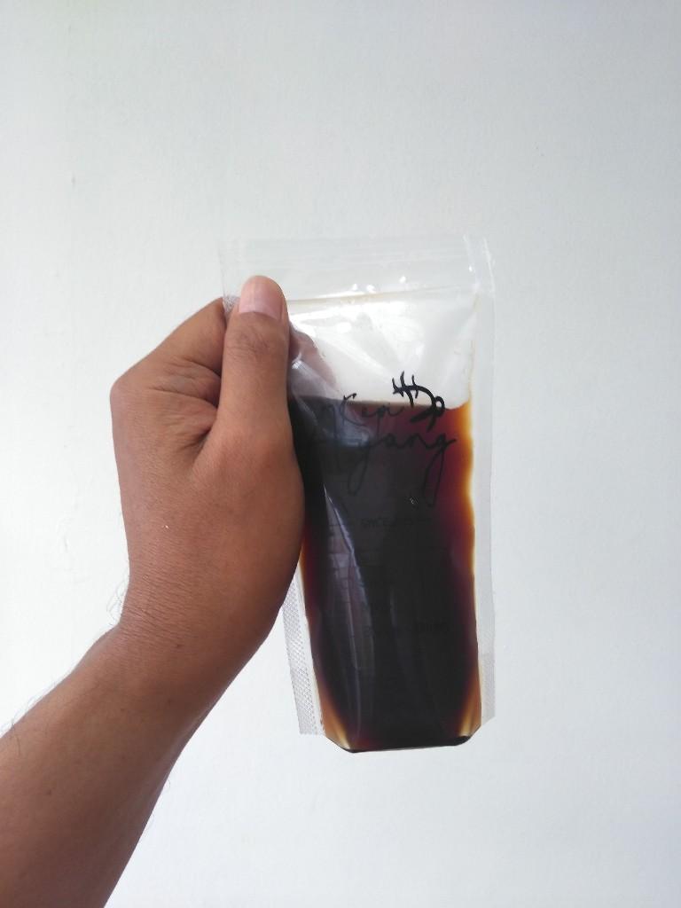 Saset iced americano Kopi Ayang Pondokmelati Bekasi via Go-Food