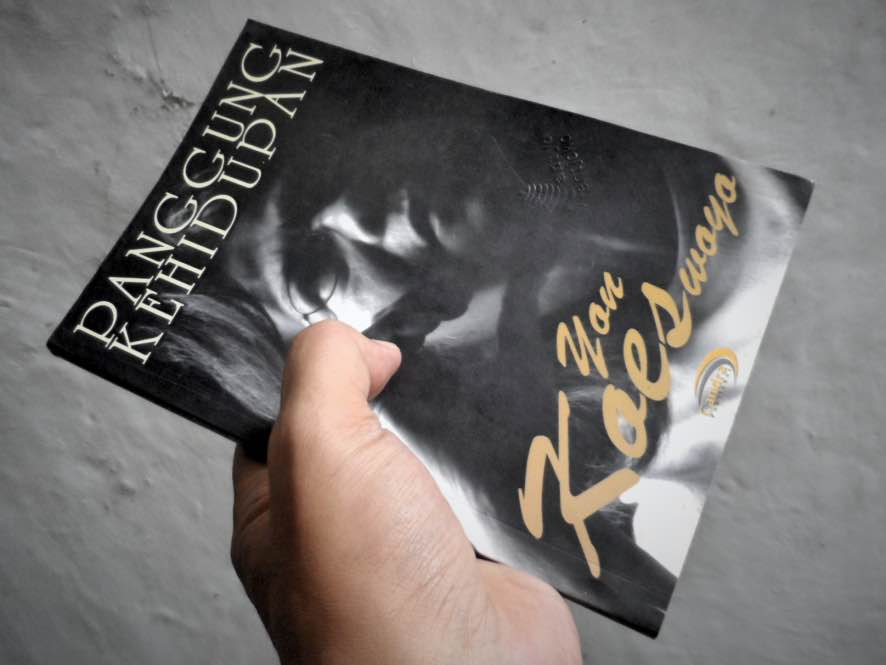 Biografi Yon Koeswoyo