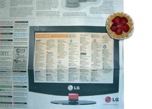 Iklan dalam Acara TV di Koran