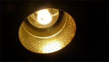 Kap lampu angkringan Langsat dari saringan kompor sumbu
