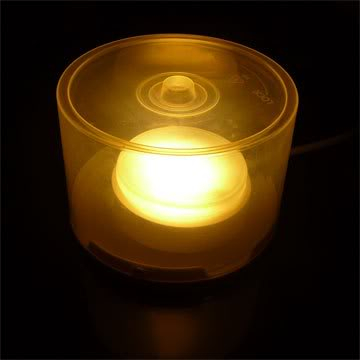 Lampu tidur dari bekas silinder wadah CD