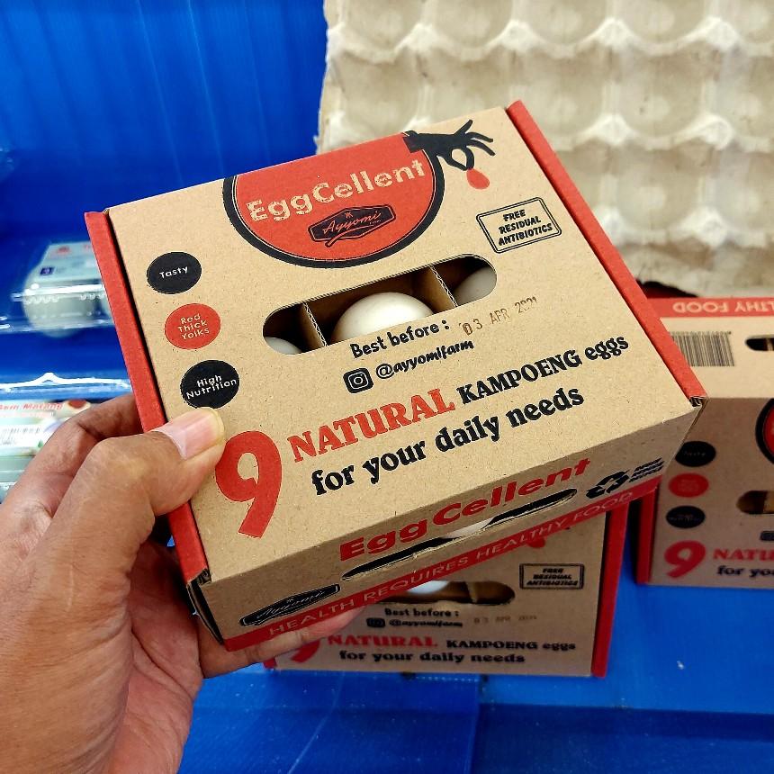 Telur ayam dalam kemasan kardus di Superindo Jatikramat Bekasi