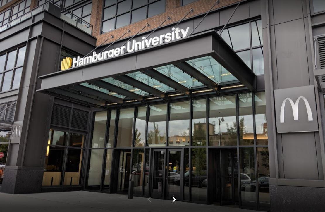 Sebutlah university, bukan universitas