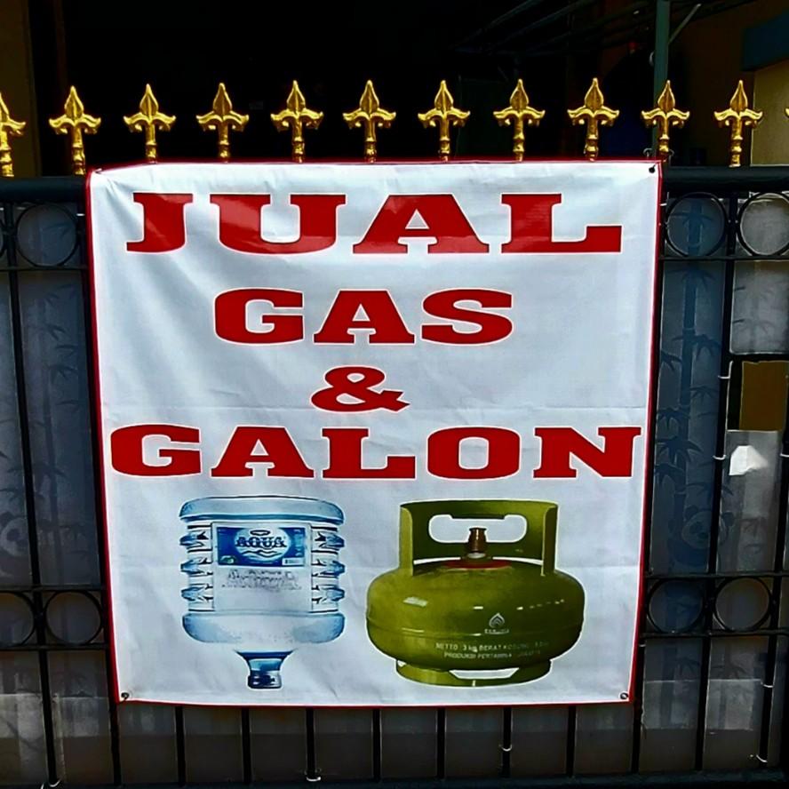 Gas elpiji dalam galon, air minum dalam tabung melon