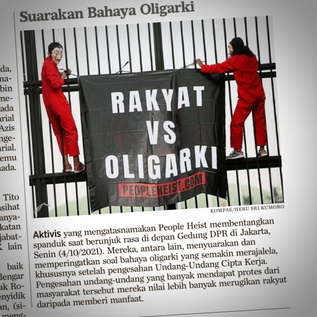 Aktivis People Heist Jakarta sedang berdemo